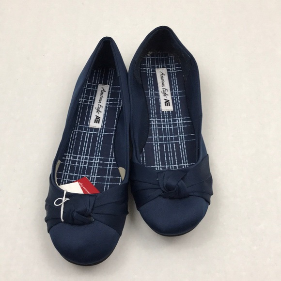 c5db2321a61 American Eagle Blue Bow Ballet Flats